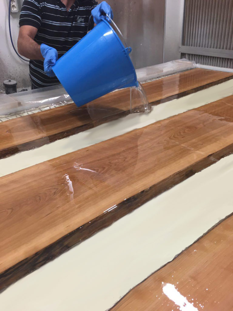 EPOXYTABLE EPOXY RESIN FOR TABLES 1.25 KG [2,75 LB]