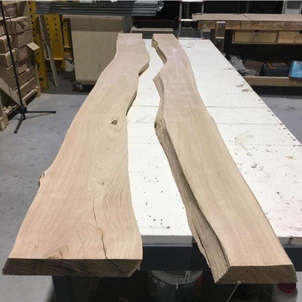 HOW TO MAKE A RIVEL LIKE TABLE WITH RESIN AND WOOD (LIVE EDGE or River Table)