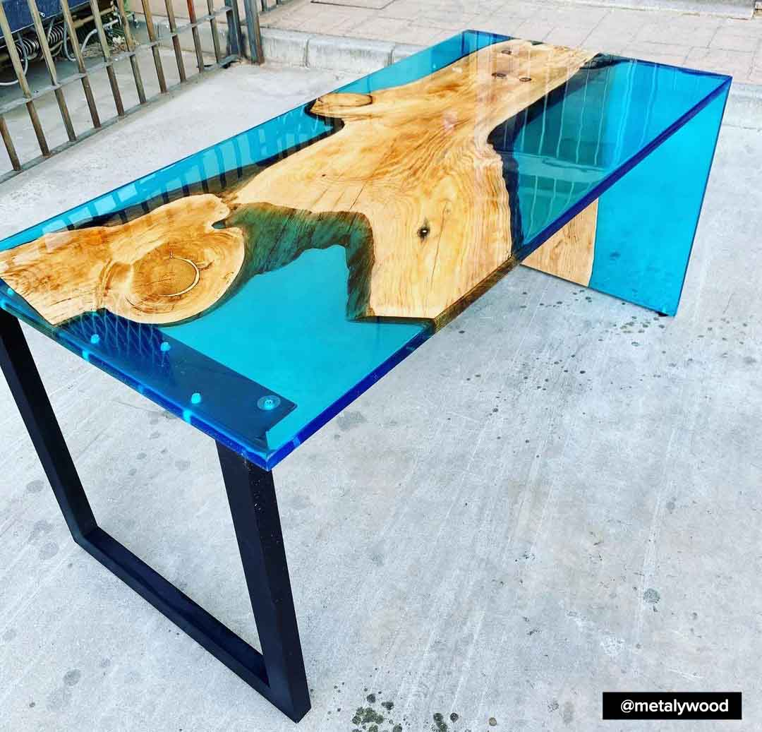 Planning and creation of large resin tables - main issues, guidelines and practical advice